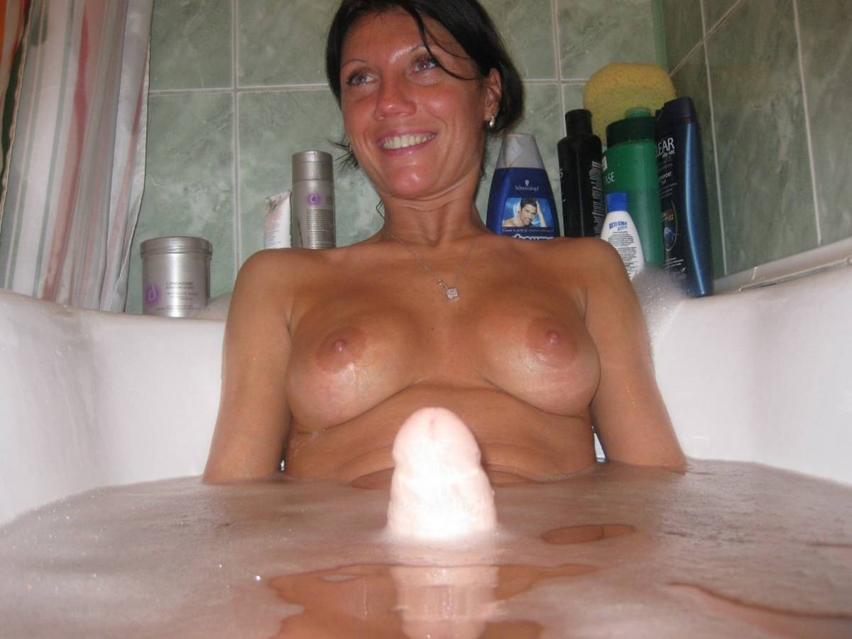 Nude mature amateur photos