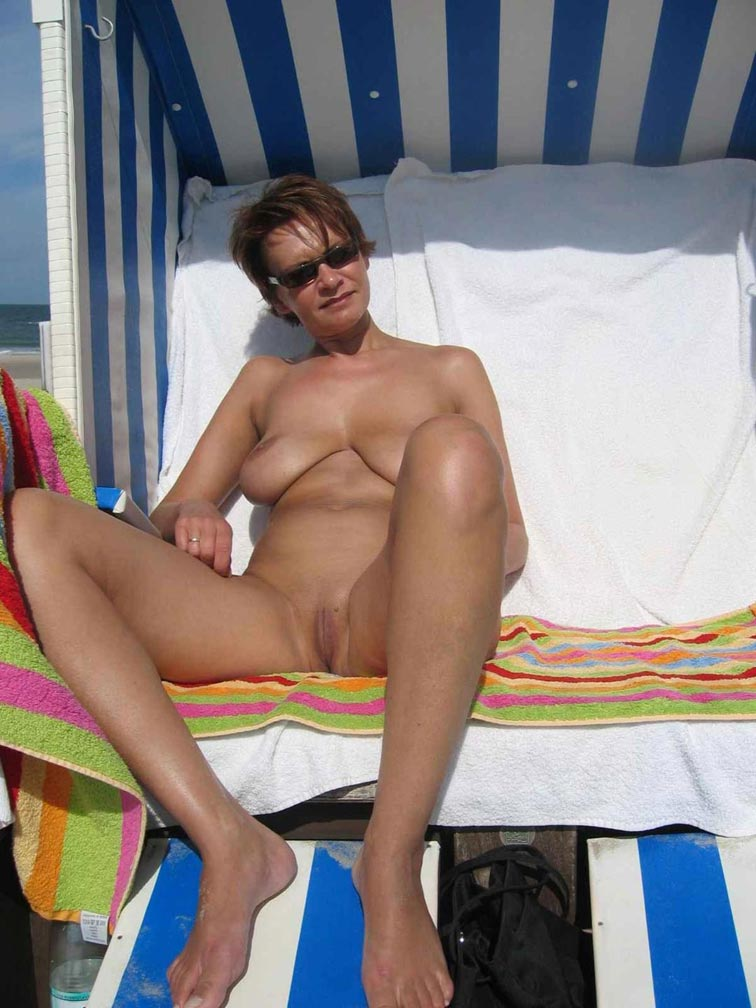 nude beach white women
